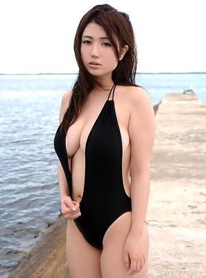 Japanese Big Boobs Porn Pictures